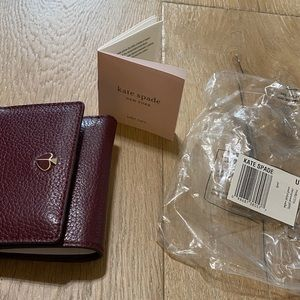 Kate Spade ♠️ Trifold Cherrywood leather wallet